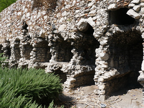 The Arabian Necropolis