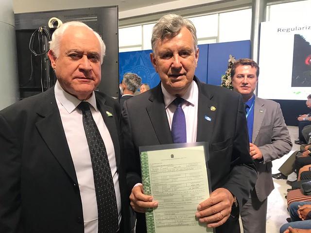 10/12/2019 Ato de assinatura regularização fundiária - Palácio do Planalto