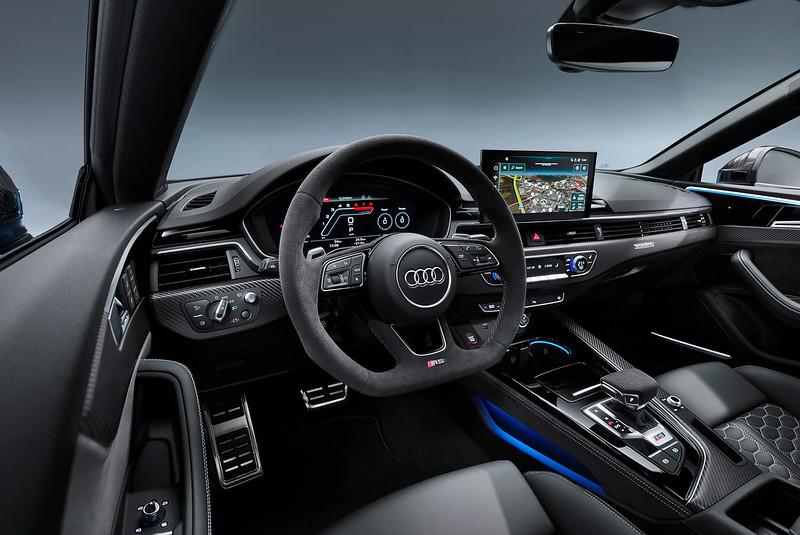 2020-Audi-RS5-Coupe-Sportback-23
