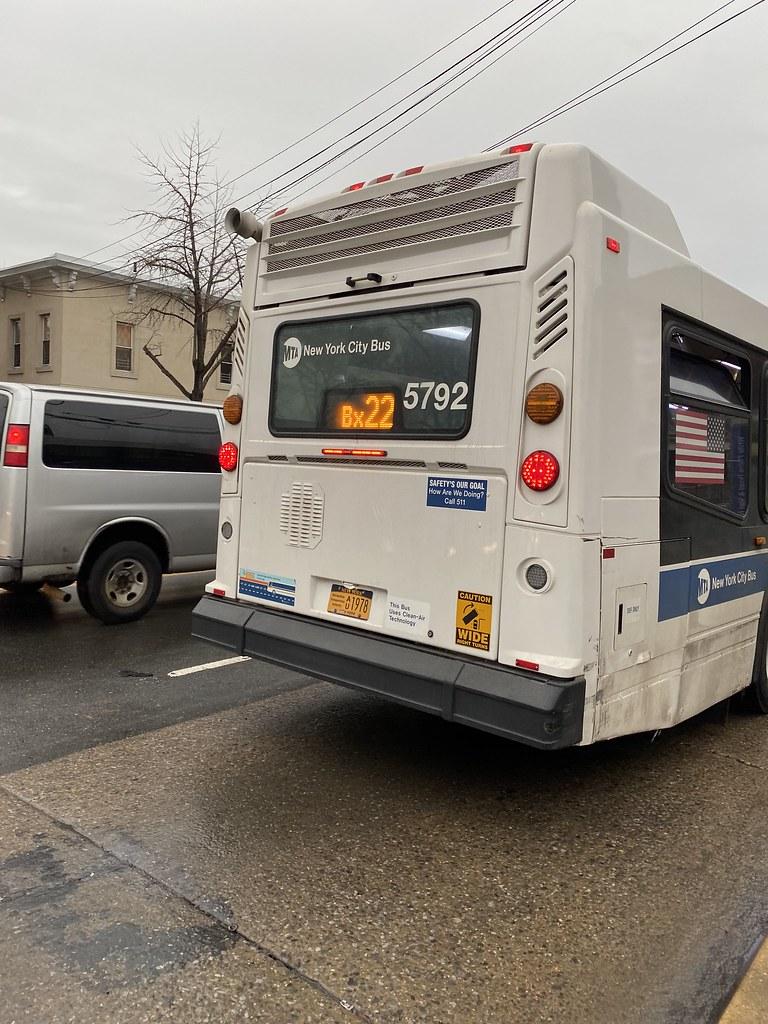 2011 Nova Bus LFSA 5792 - Bx22 To Bedford Park Paul Av 205 St