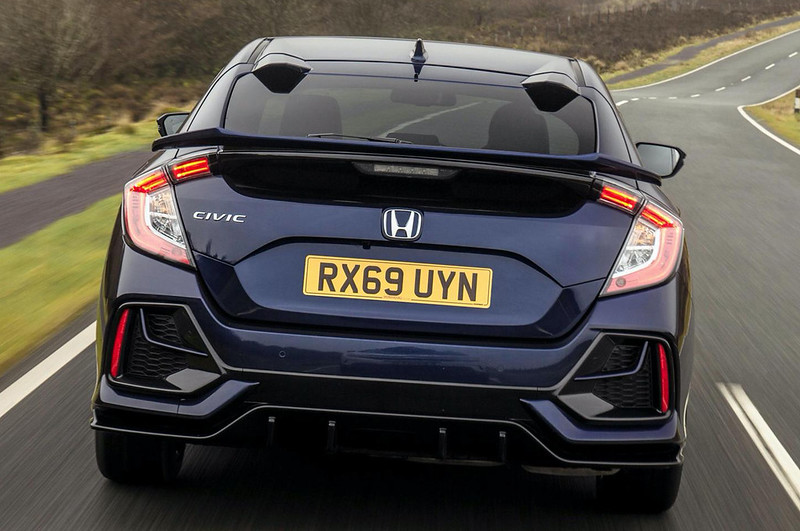 2020-Honda-Civic-Sport-Line-UK-spec-10