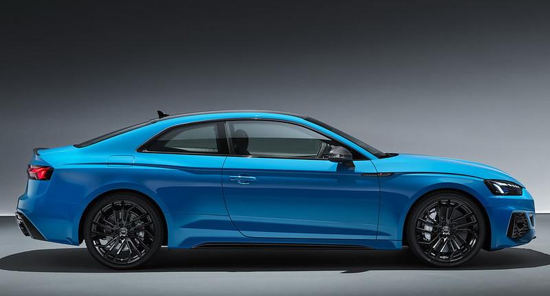 2020-Audi-RS5-Coupe-Sportback-14