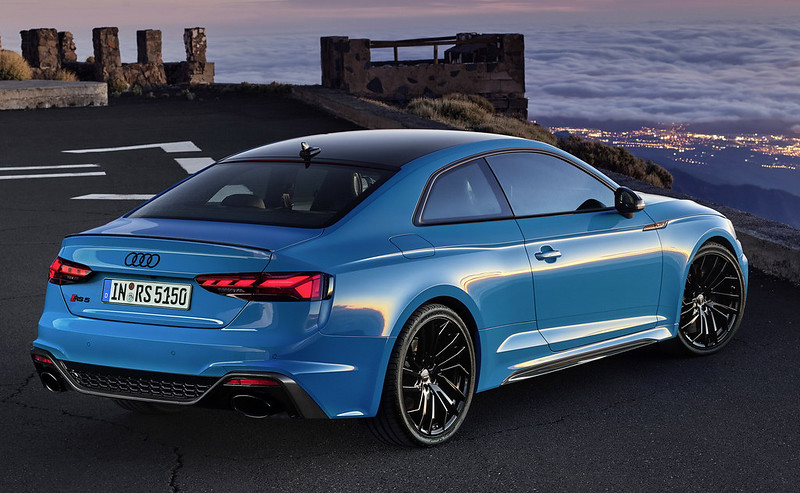 2020-Audi-RS5-Coupe-Sportback-5