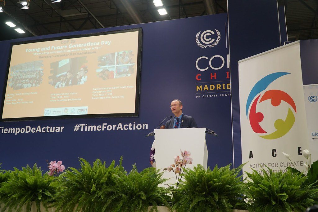 智利代表Gonzalo Muñoz同意將在任期中充分採用COY15決議書,並傳承至COP26 (圖:林佳儀)