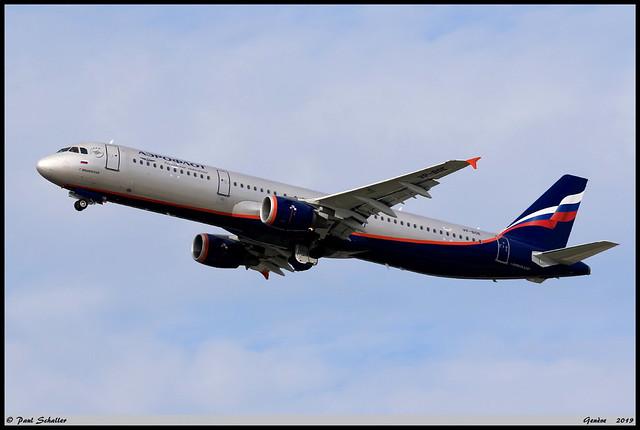 AIRBUS A321 211 Aeroflot VP-BOE 5755 Genève octobre 2019