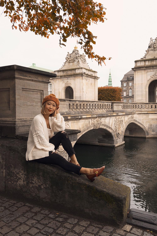 08copenhagen-denmark-marblebridge-christiansborgpalace-canal-travel