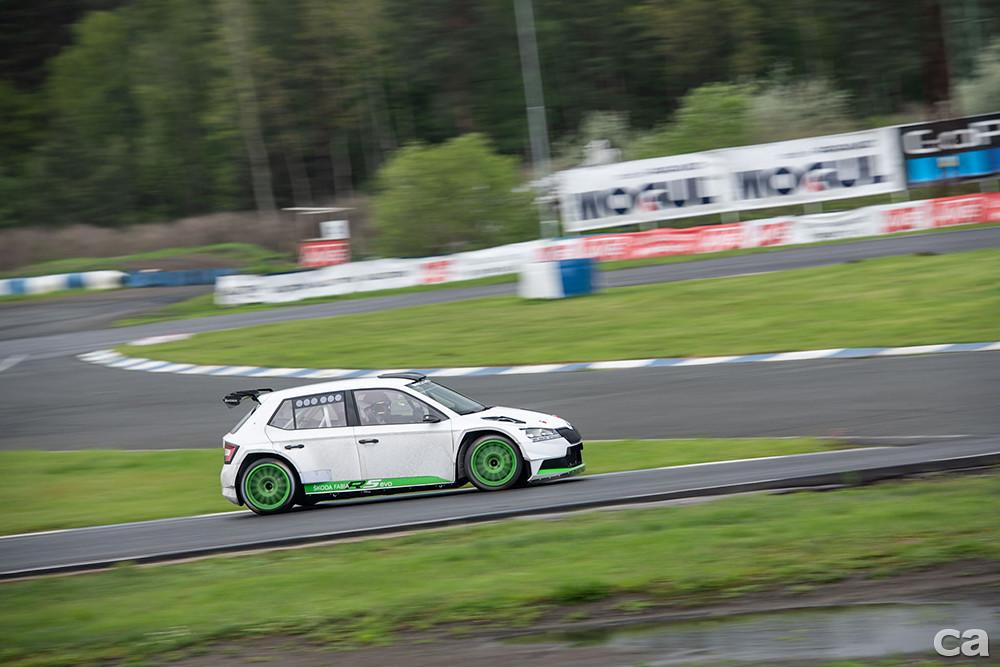 fabia-r5-evo-race-track-skoda-test