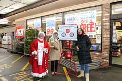 Rep. Green joined Kathy Orfitelli from the Salvation Army and Mrs. Claus to raise funds for those in need at Ted's IGA in Hebron