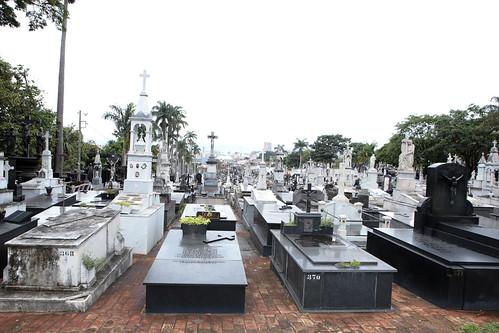 Visita Técnica para verificar as condições estruturais e funcionais dos seguintes cemitérios públicos: Paz e Bonfim - Comissão Parlamentar de Inquérito