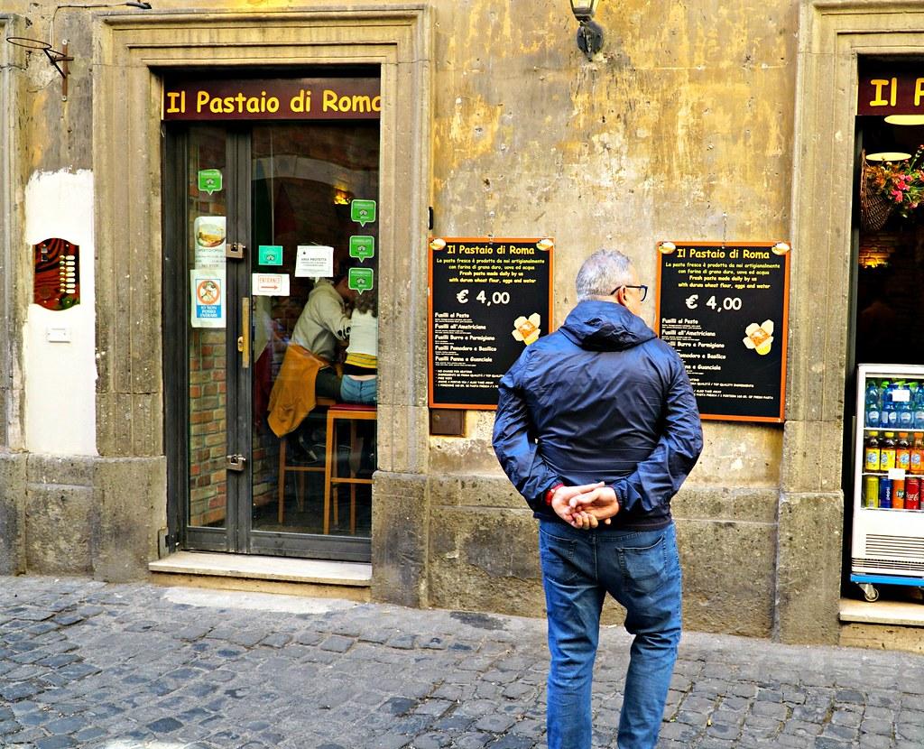 Halpoja pasta-annoksia Via dei Coronarilla