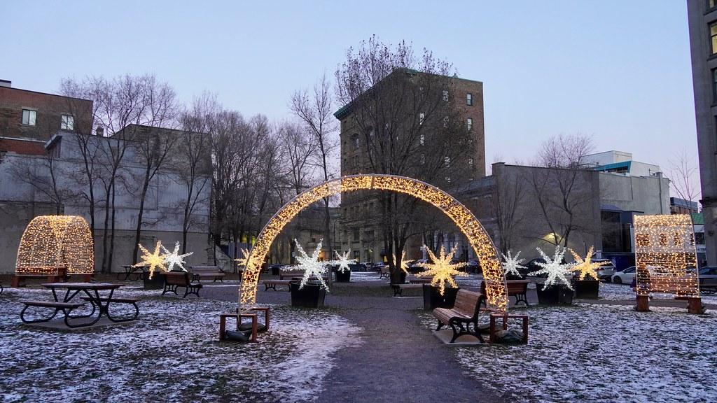 Aux allures de Noël, Montreal, Quebec, Canada