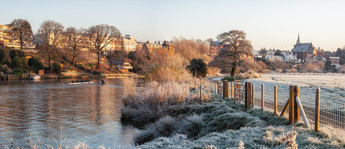 chester meadows panorama rowing club frost cold winter sunrise cheshire morning fence