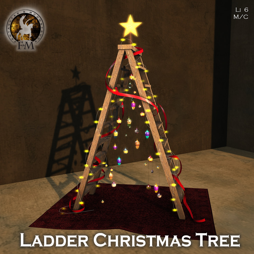 F&M * Ladder Christmas Tree
