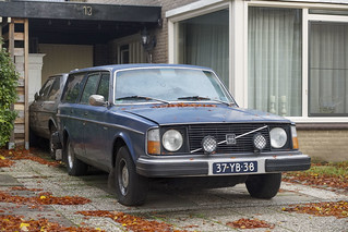 1977 Volvo 245 DLE