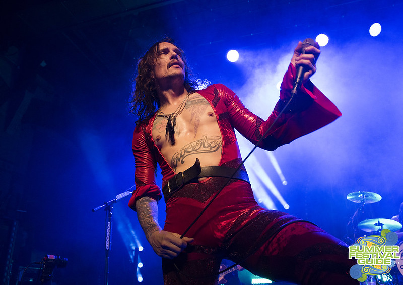 TheDarkness11_Cambridge_KaneHowie