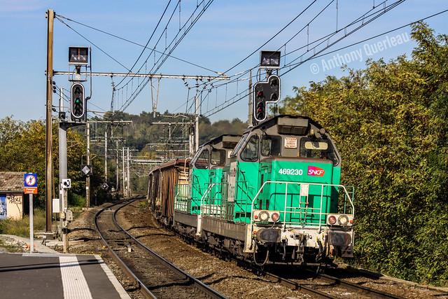 29 octobre 2009 BB 69230-69275  Train 414603 St-Mariens-St-Yzan -> Bordeaux-Hourcade-Triage Cenon (33)