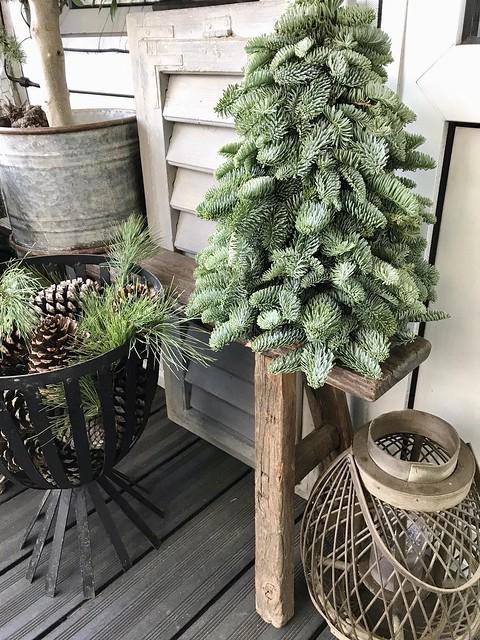Kerstboompje balkon landelijk