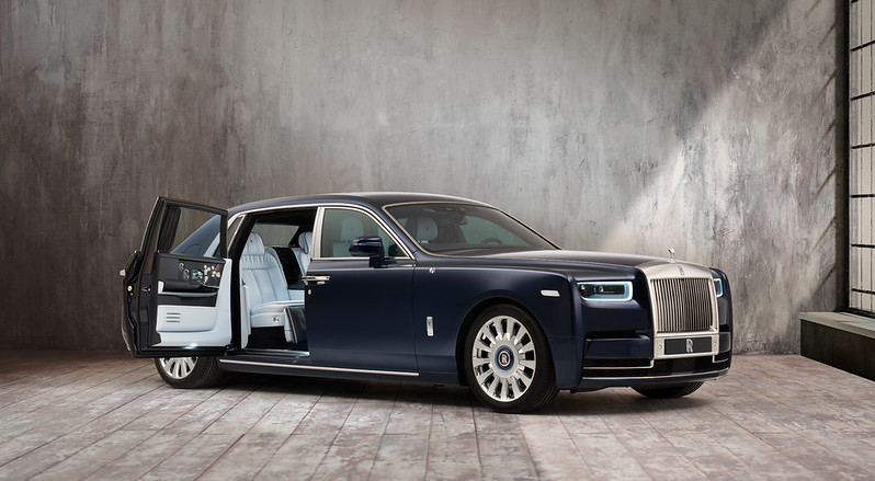 rolls-royce-phantom-flower-embroidery-one-million-stitches-8