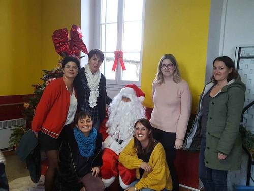 pere Noel et organisatrices