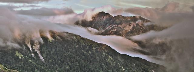 Summit:Mt.Qilai Northern Peak