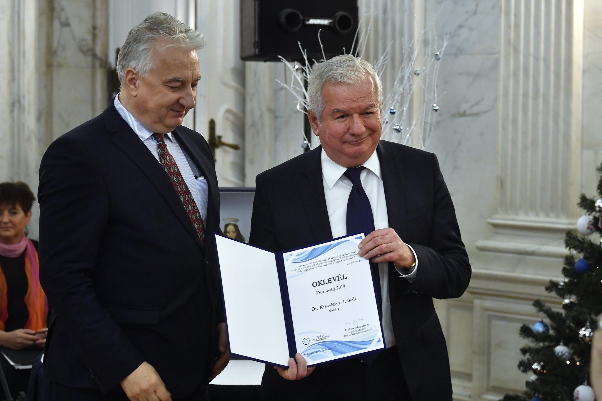 Kiss-Rigó László kapta az idei Duna-díjat