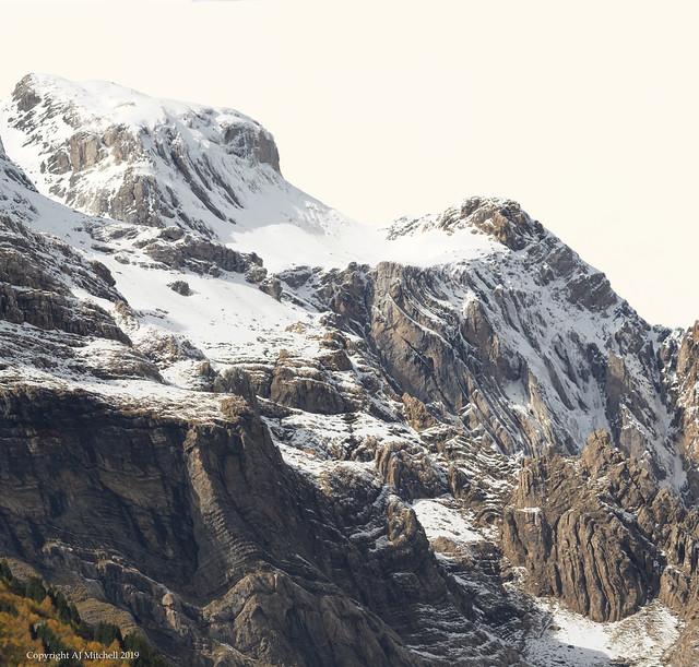 Mont Perdu rising