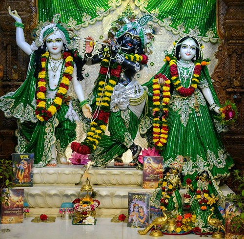 ISKCON GEV Wada Deity Darshan 12 Dec 2019