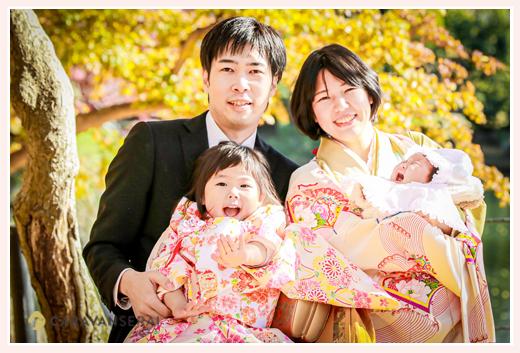 家族写真カメラマンが撮る七五三とお宮参りのロケーション撮影 紅葉シーズン 泣いている赤ちゃん