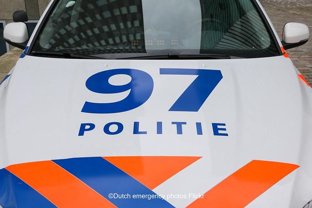 Dutch police Volvo V70 LE