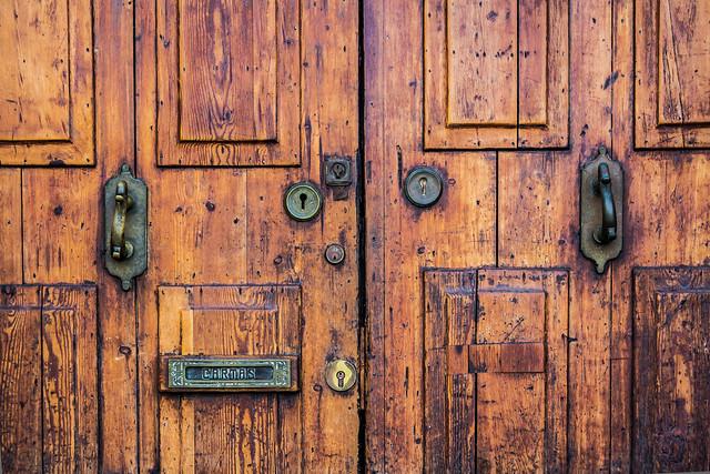 Spain - Mallorca - Palma - Old door