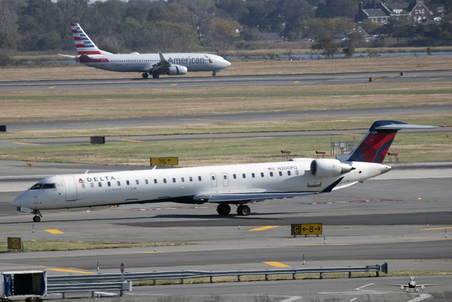 SF-N300PQ-DELTA CONNECTION - CRJ-900LR-JFK 19 OCT 19 - 01