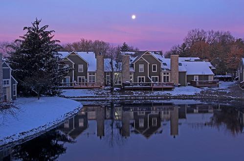 indianapolis fullmoon moon pond sunrise sunrisephotography winter winterphotography snow