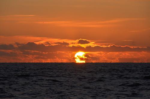 sunrise lowestoft northsea morning sea seascape clouds