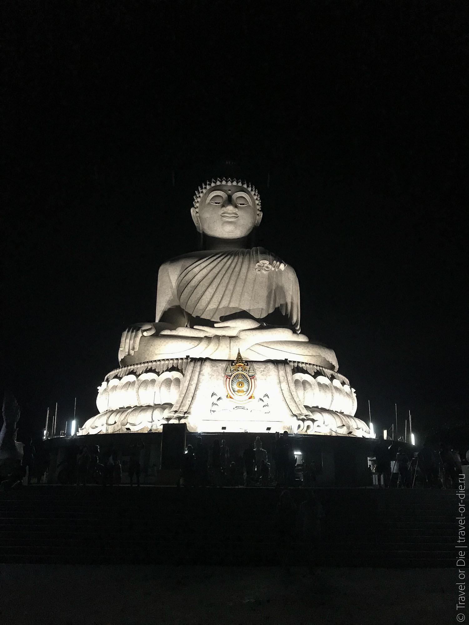 Big-Buddha-Phuket-Большой-Будда-на-Пхукете-ночью-0913