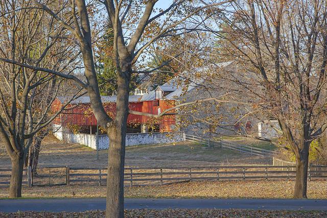 Old Stone Barn, Still