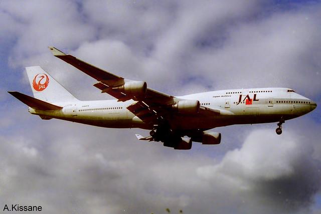 JAL B747 JA8075