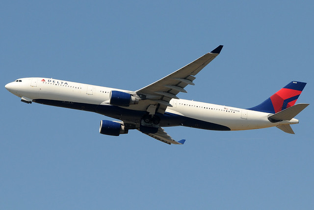 N813NW - Airbus A330-323 - Delta Air Lines @ FCO
