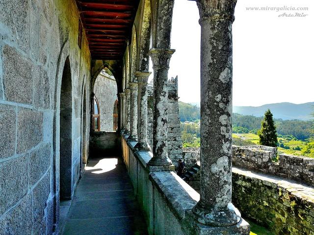 Castillos y pazos