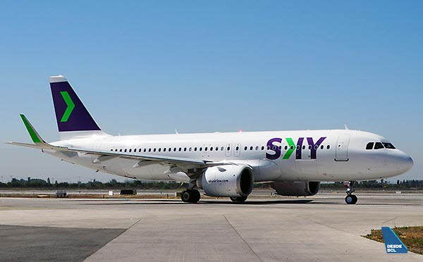 SKY A320neo taxi in (RD)
