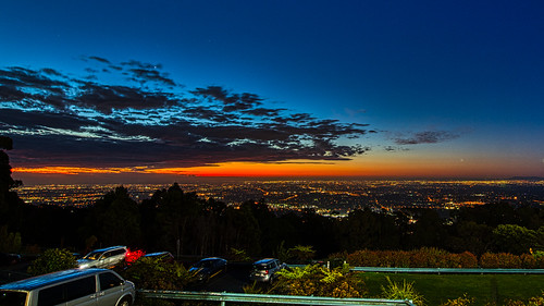 luminosity7 nikond850 tamronsp1530mmf28divcusdg2 sunset goldenglow citylights melbourne australia clouds city