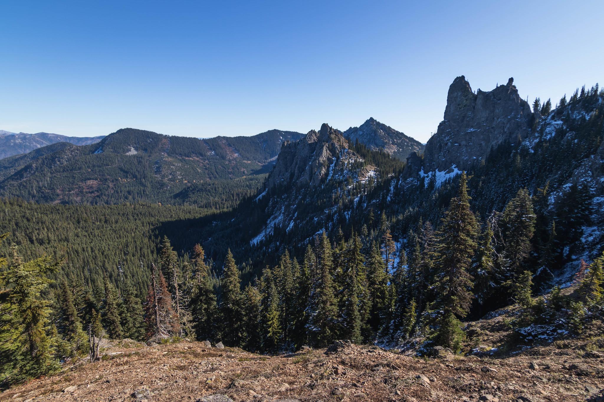 En Route to Kachess Ridge high point