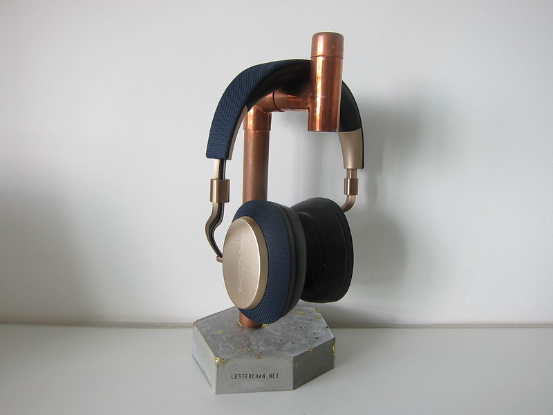 CraftoCatto Handmade Headphone Stand