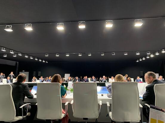 馬拉喀什全球氣候行動夥伴關係(MPGCA)舉行的循環經濟圓桌會議,邀集各級政府、企業、投資者代表討論循機會與挑戰(圖:李翊僑)