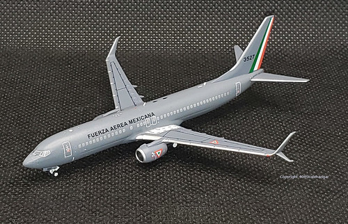 Mexican Airforce B737-800WL, 3527 by NG Models in 1.400 scale. | by dc10forlife