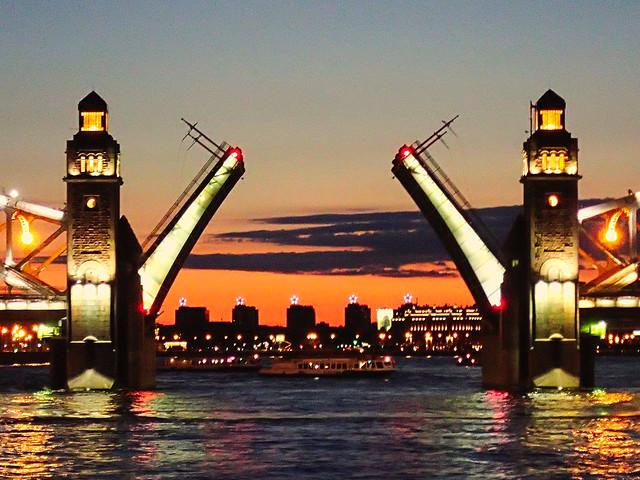 Le pont s'ouvre