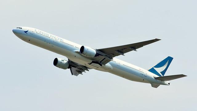 Boeing 777-367 c/n 27508 Cathay Pacific Airways registration B-HNI