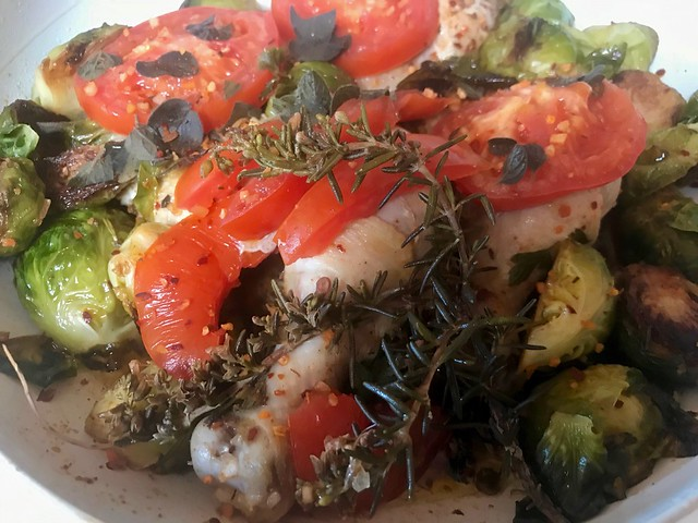 Colorful Healthy Entree Side Pan View