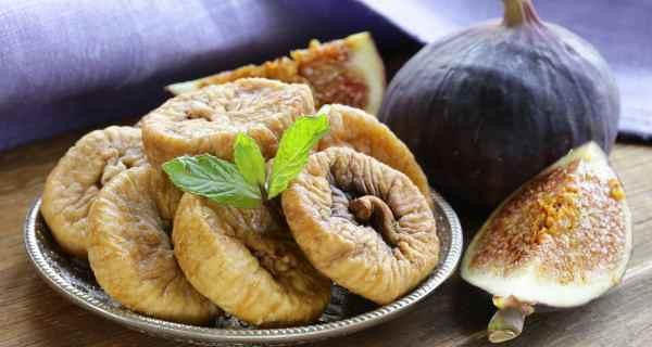 3696 10 Health Benefits of Anjeer or Dried Figs (especially for Men)