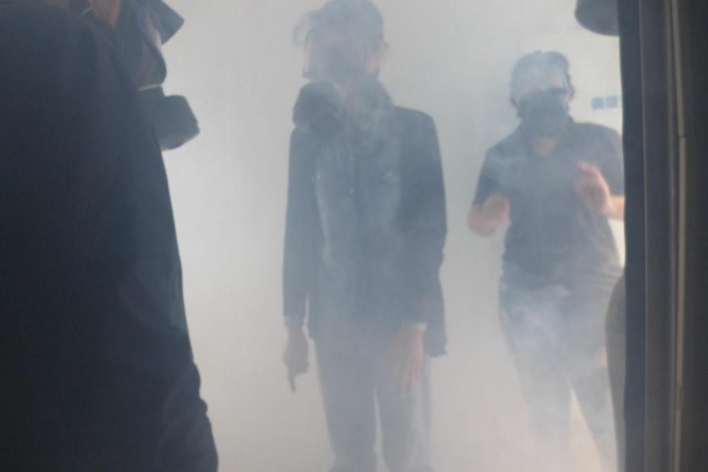 毒化災現場可能有濃煙密布情形。孫文臨攝