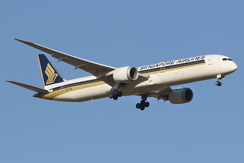 9V-SCA Singapore Airlines Boeing 787-10 Dreamliner | by johnedmond